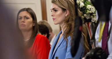 El legislador dice 'We Got Bannoned' por Hope Hicks en la entrevista