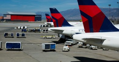 Inversores de Delta Spooks; Airlines Slump Midday By – Investing.com